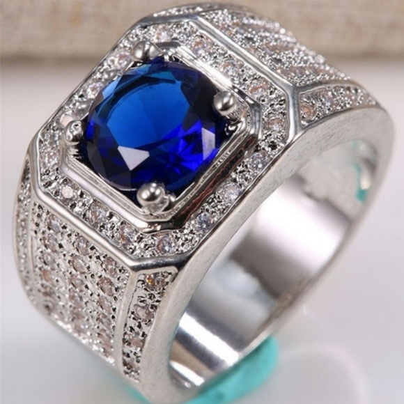 Jewelry - Men's ring size 8